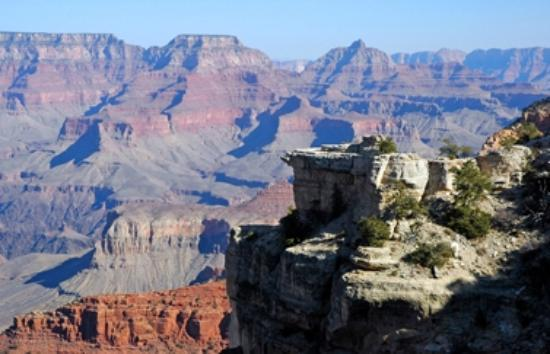 Red Feather Lodge: The South Rim of the Grand Canyon