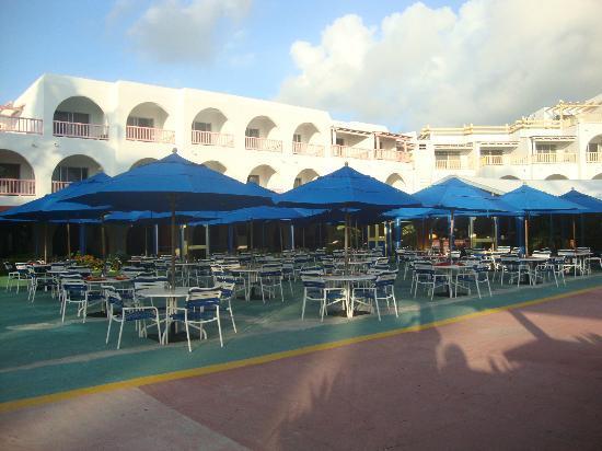 Jolly Beach Resort & Spa: Hemispheres restaurant 