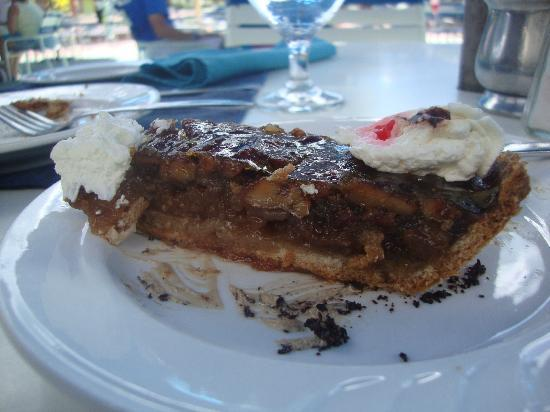 Jolly Beach Resort & Spa: Pecan Pie mmmm............