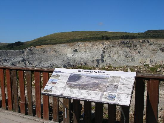 Wheal Martyn: pit view information board