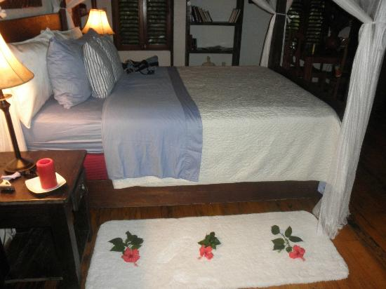 Las Cascadas Lodge : Bedroom