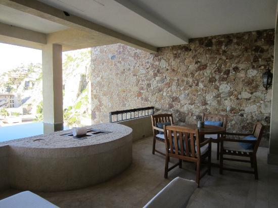The Resort at Pedregal: Patio and plunge pool