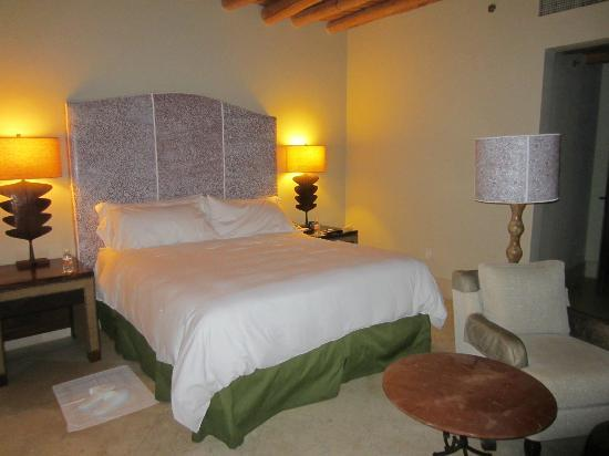 The Resort at Pedregal: Master Bedroom