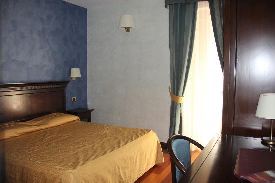 Hotel Teocrito: room