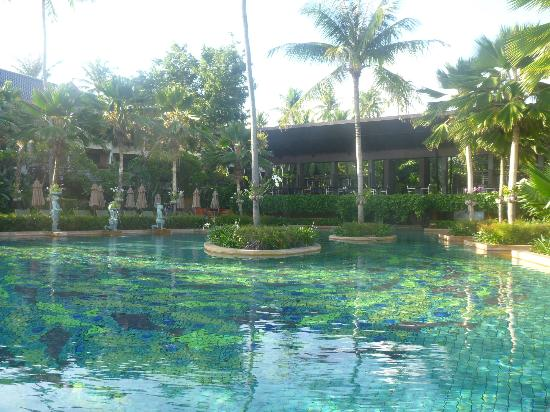 Anantara Bophut Koh Samui Resort: The pool