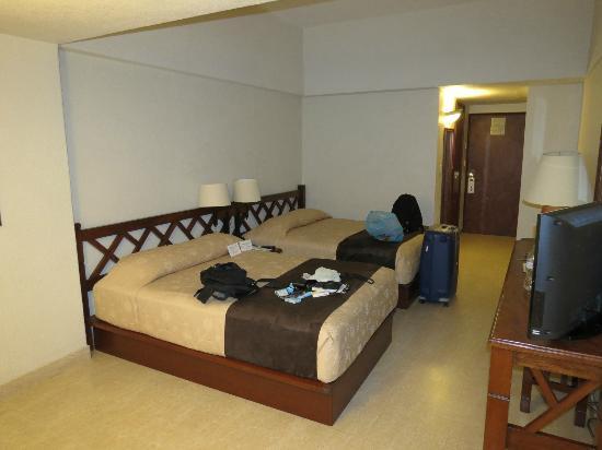 Hotel Fortin Plaza: Vue de la chambre