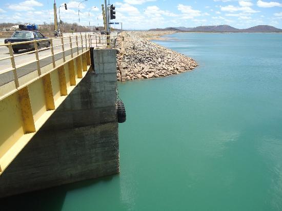 Petrolina, PE: barragem de Sobradinho com eclusa