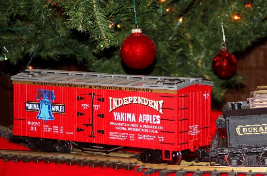 Toppenish, Вашингтон: Toy Train Christmas at the Rail and Steam Museum