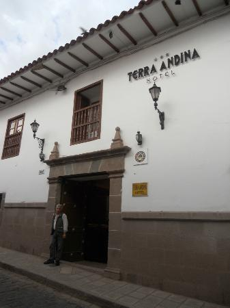 Terra Andina Colonial Mansion Puerta De Entrada