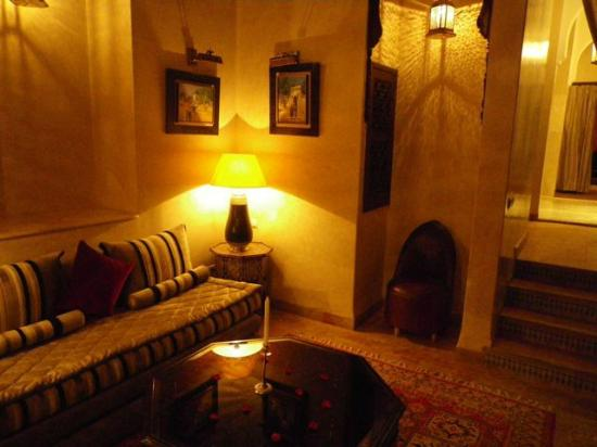Riad Kniza: Royal Suite entry room