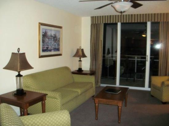Grand Atlantic Ocean Resort : living room/den area