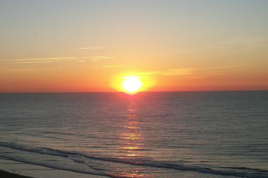 Grand Atlantic Ocean Resort : sunrise - beautiful!