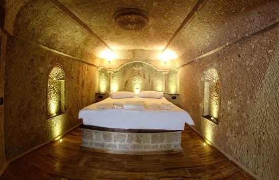Kemerhan Cave Suites: Cave Suite Schlafraum