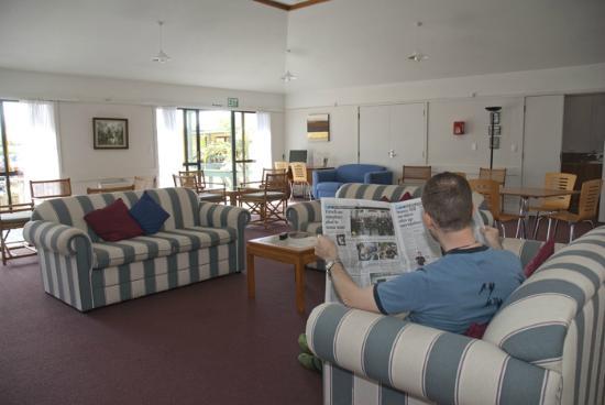 Aotearoa Lodge : Guest Lounge