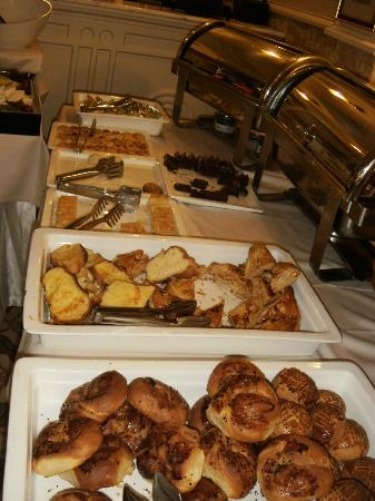And Hotel: breads