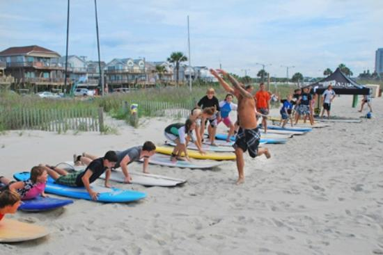 Ocean Lakes Family Campground S Learn To Surf In The Billabong Camp