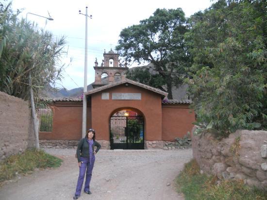 San Agustin Monasterio de la Recoleta Hotel: Camino y Puerta de entrada al complejo