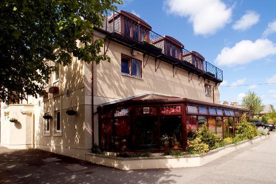 فندق ذا مارينر: Side View