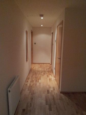 Glasgow Loft Apartments: Main Hallway (Floor 4 South facing room)