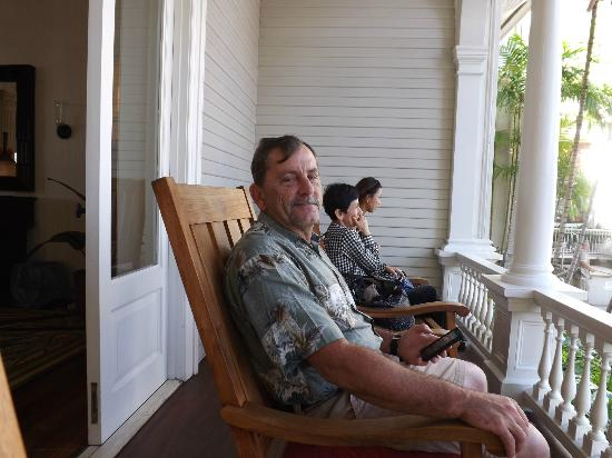 Moana Surfrider, A Westin Resort & Spa: Rocking Chairs