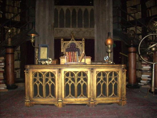 The Wizarding World Of Harry Potter: Dumbledoreu0027s Office