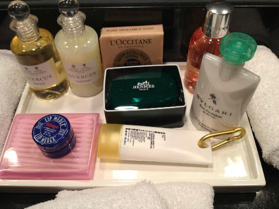 Parker Palm Springs: Bathroom Amenities - Wonderful!