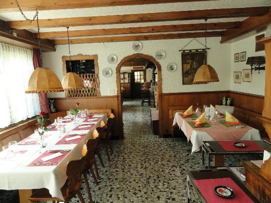 Hôtel du Chasseur : Carnotzet (Restaurant)
