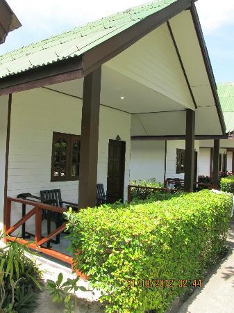 Phi Phi Andaman Legacy: vista externa de la cabana