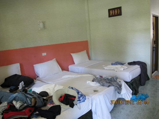Phi Phi Andaman Legacy: para 3 muy justa