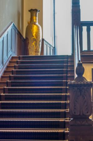 Platinum Palace Hotel: Staircase