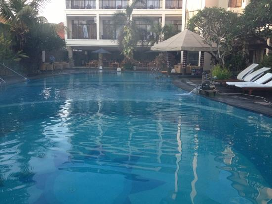 BEST WESTERN Resort Kuta: just ok..