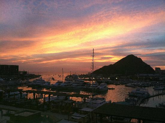 Tesoro Los Cabos: Sunrise with fishing boats heading out of Marina