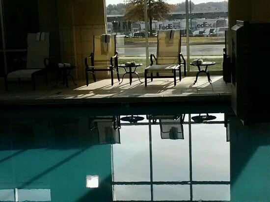 Hampton Inn and Suites Charlotte Airport: nice pool