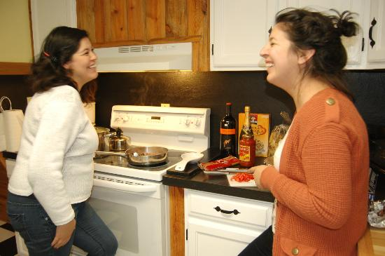 Loveland Heights Cottages: Making dinner night 2