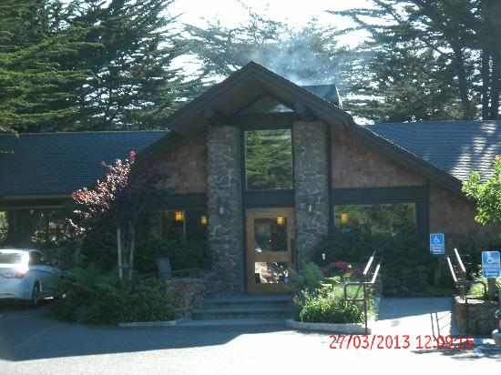 Entrance to Bodega Bay Lodge