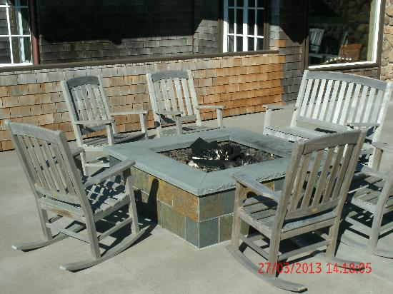 Bodega Bay Lodge: Firepit