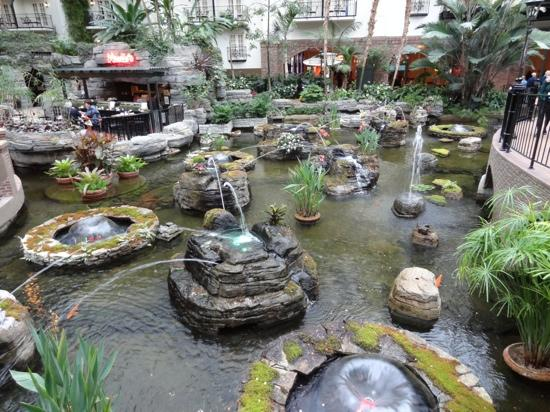 Water Feature Near The Cascades Restaurant Picture Of Gaylord