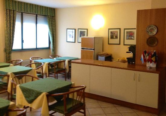 Hotel Hortensia: breakfast area