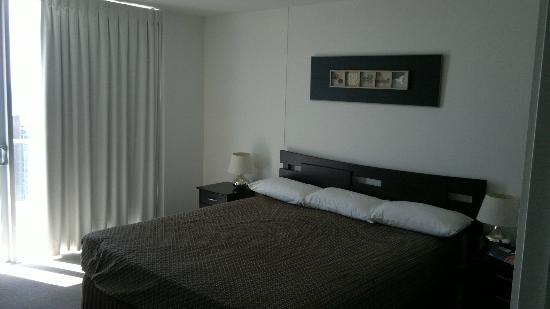 ‪‪Artique Surfers Paradise‬: bedroom