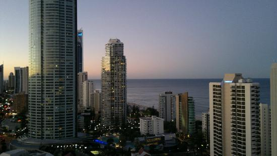 Artique Surfers Paradise: view as sun sets