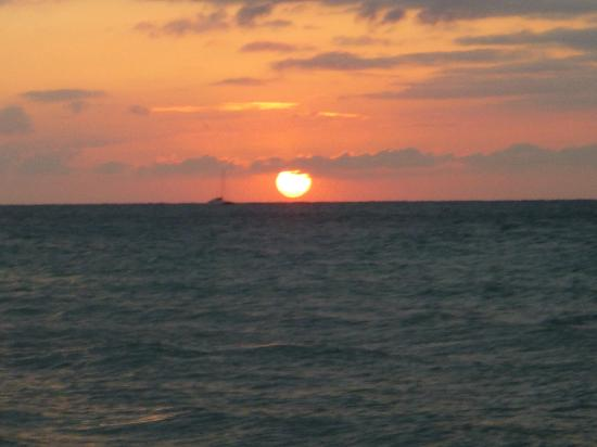 Alfred's Ocean Palace : Sunsets