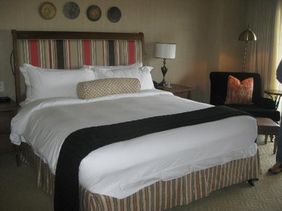 The St. Regis Deer Valley : King bed