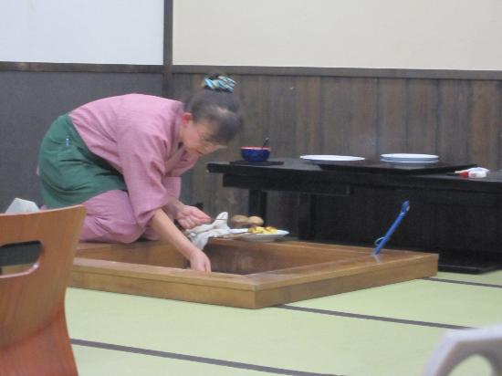 Satoyamakaguhashi Miyamotonoyu: dinner hall