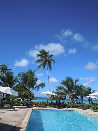Cadaques Bayahibe: Piscina/playa