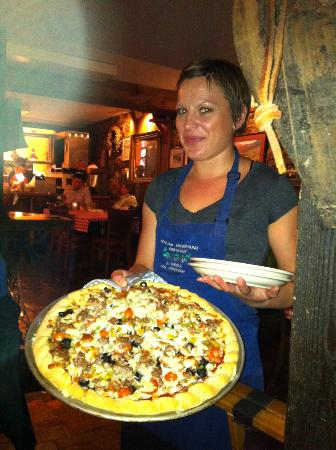 The Italian Underground Restaurant: Combo Pizza a masterpiece