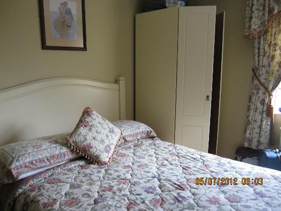 Orchard House: Extremely comfortable bedroom