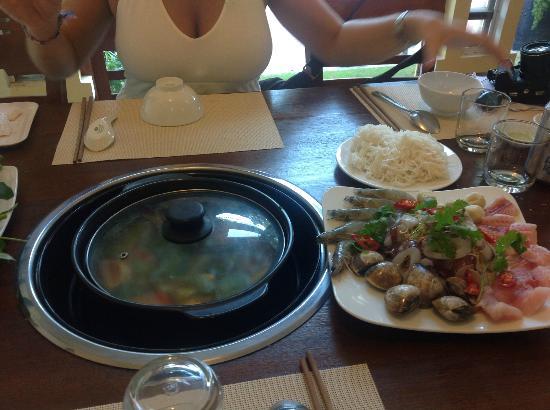 Aroma: Seafood hotpot prima