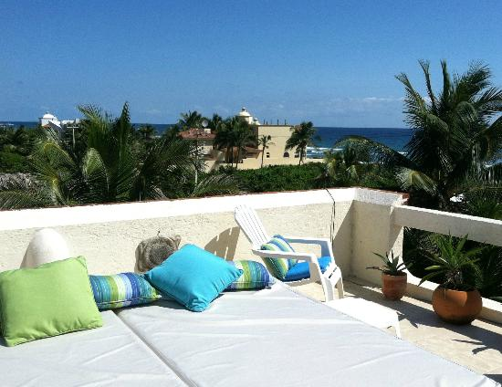 Casa Amor Del Sol: Roof top sun beds
