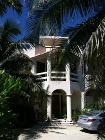 Casa Amor Del Sol: Front entrance