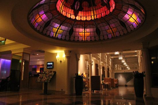 Park Plaza Victoria Amsterdam: Hotel Lobby